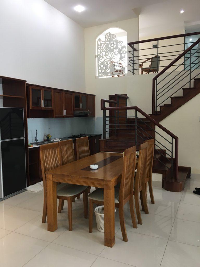 Cho thuê căn hộ cao cấp 4 phòng ngủ Phú Hoàng Anh đường Nguyễn Hữu Thọ giá 1200$ full nội thất LH 0938011552 Ms.Thu